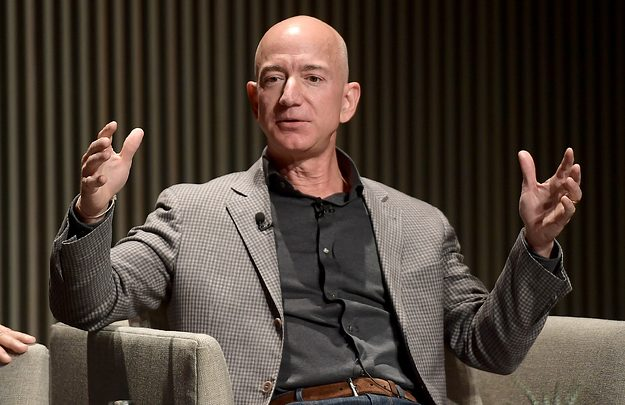 Jeff Bezos Says the 'National Enquirer' Tried to Extort Him with a Dick Pic