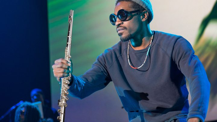 André 3000 Playing the Flute in Public Is the Purest Story of 2019