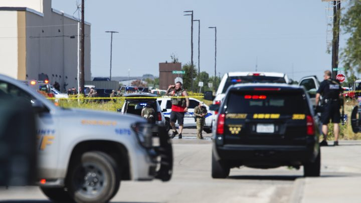 At Least 5 Dead and 20 Wounded In West Texas After Gunman Sprayed Highway With Bullets