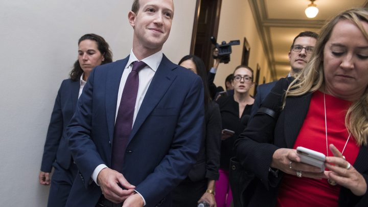 Mark Zuckerberg Just Turned Himself into a Congressional Piñata