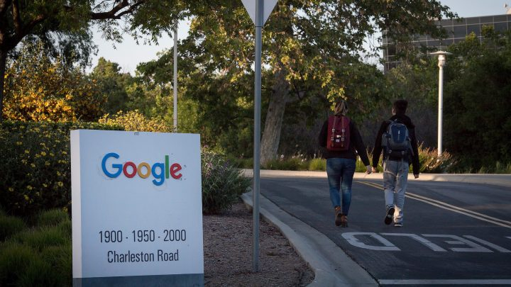 Here's How Google Sends Advertising Dollars to Fake News Sites