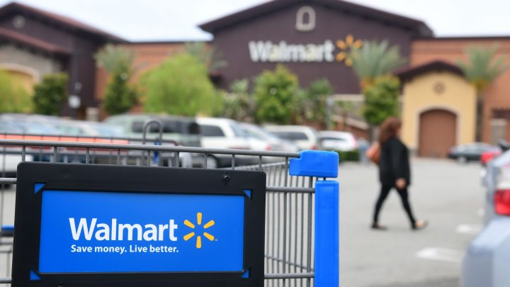 Man Didn't Want to Get a DUI, So He Drove a Walmart Cart to the Bar