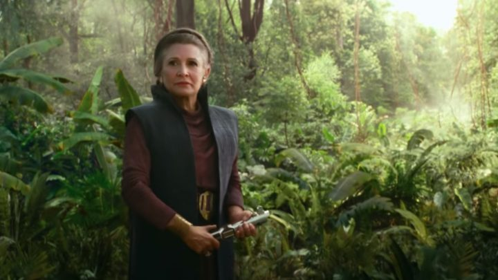 This New 'Rise of Skywalker' Clip Teases Leia with a Lightsaber
