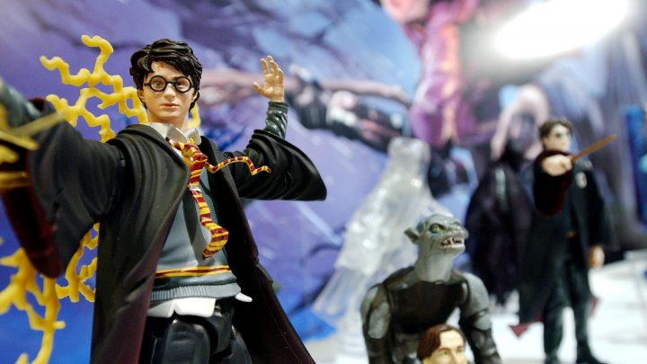 Warner Bros Employee Stole $48,000 Worth Of Harry Potter Crap to Sell on eBay