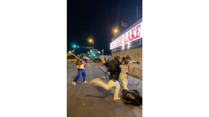 3 Young White Guys With a Machete Beat Up a Nonwhite Protester in Minneapolis