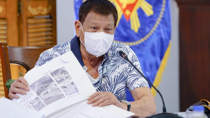 Duterte Said He Would 'Be the First' to Try Russia's COVID-19 Vaccine in the Philippines