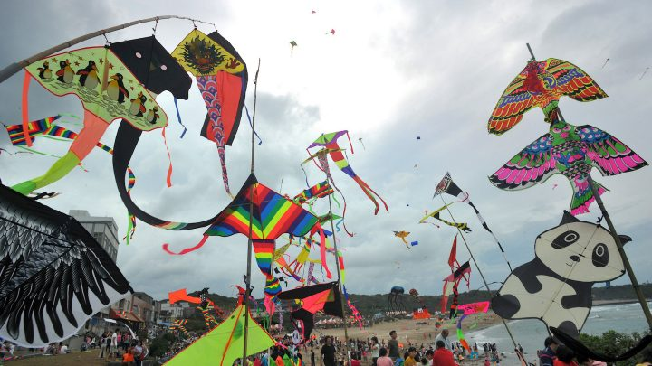 Toddler Gets Tangled in a Kite and Blown Into the Air at a Taiwanese Festival